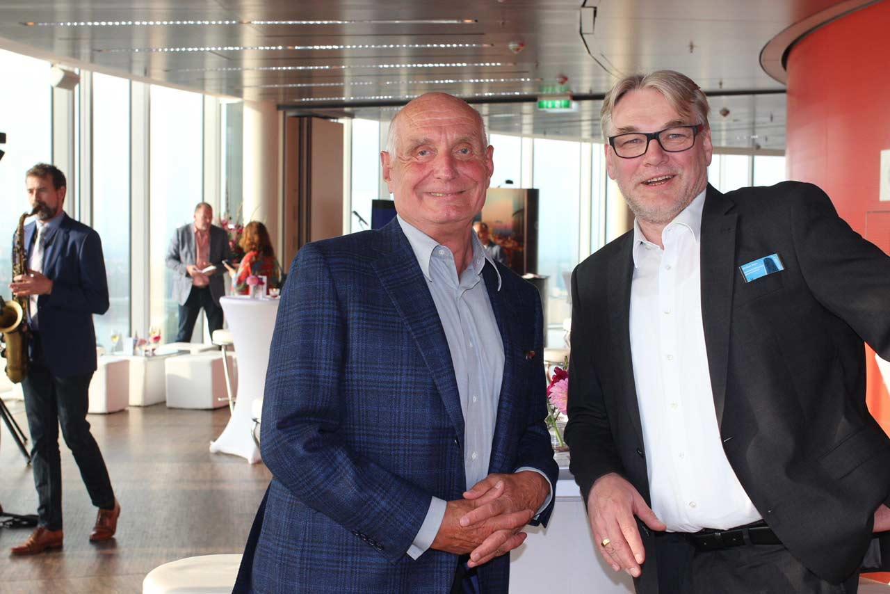 Die Geschäftsführer Dr. Rudolf von Borries und Michael Stern der Eventlocation KölnSKY in Köln.